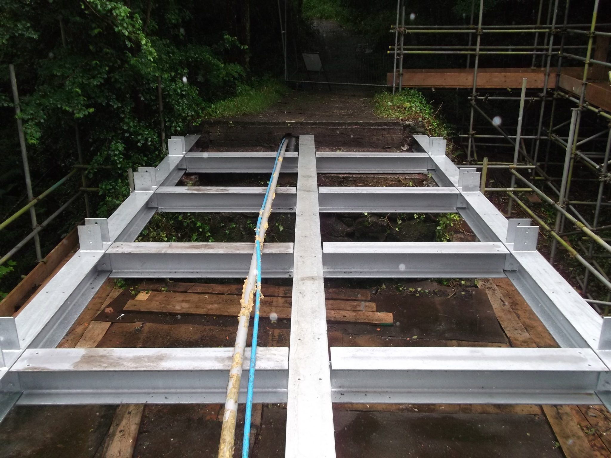 New steel frame structure